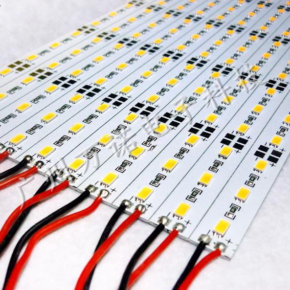 4LED燈板